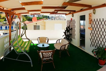 Central Apt with 70sqm terrace!!! - Patitiri