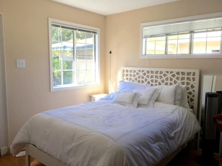 C2 - Nice Cozy Studio near Stanford U