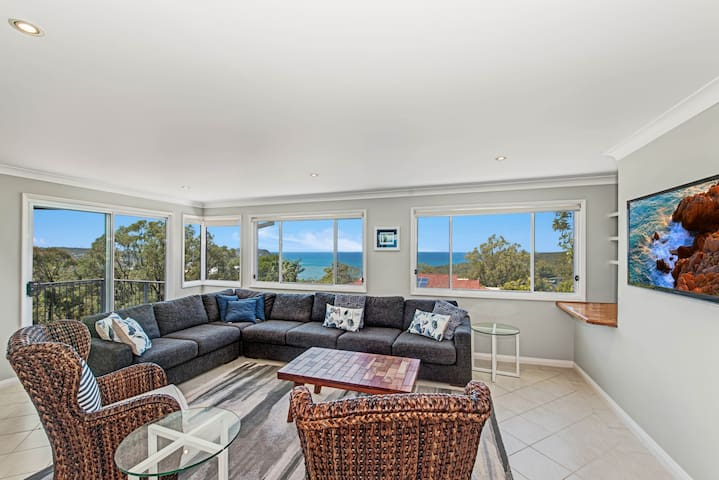 SHEARWATER - Executive Style - Macmasters Beach - Ev