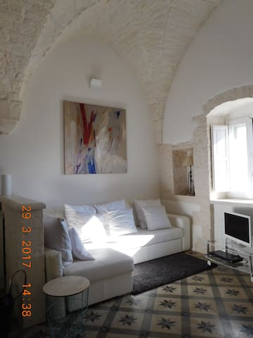 Sotto Le Stelle: luxurious star-vaulted apartment - Cisternino - Apartament