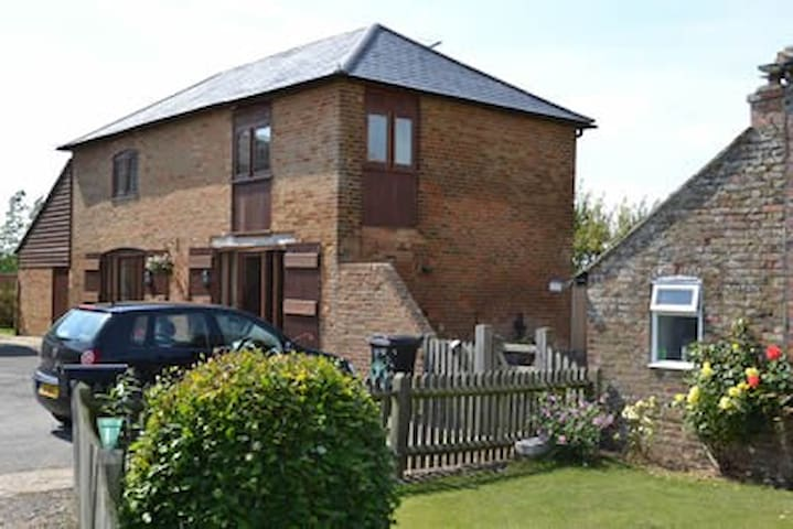 Ox Cottage, Lamb Farm, Rye - East Guldeford