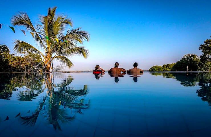 Nico Lagoon Hotel