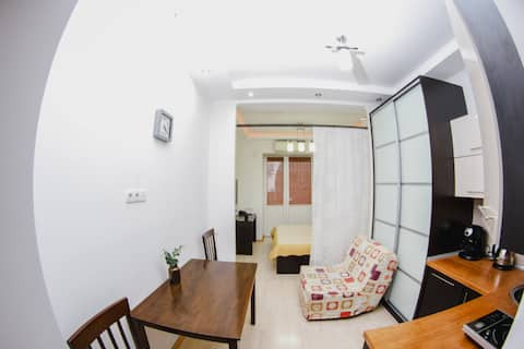 Lovely Studio Flat in the Center of the City