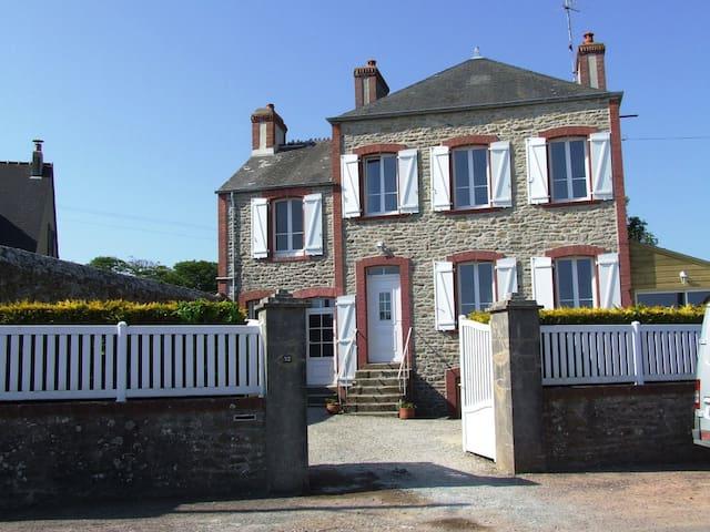 La Cotentine - Tocqueville - Dom