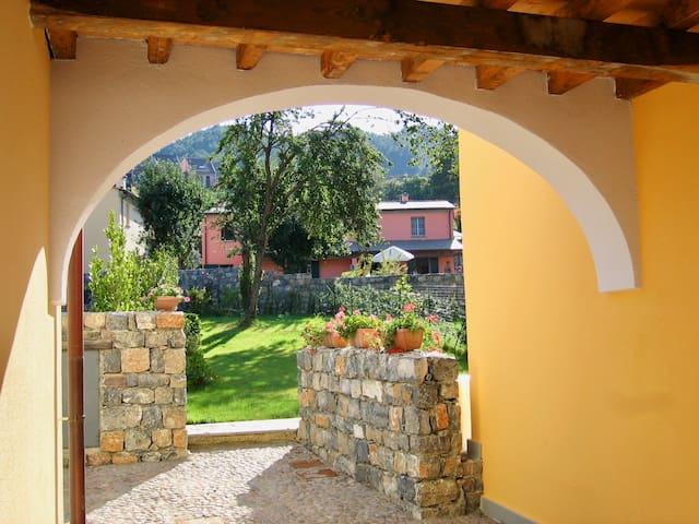 Casa Smilla - Cinque Terre - 011021-LT-0003