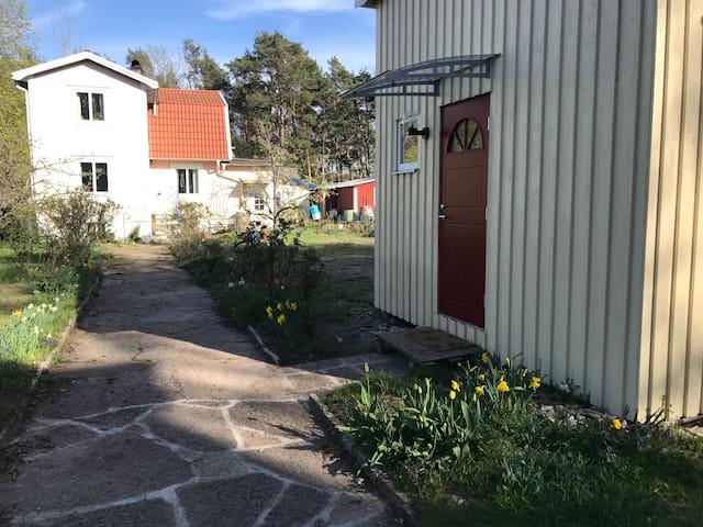 Nybyggd välutrustad stuga i Mörbylånga
