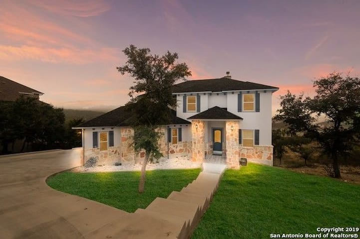 Beautiful home in Hill Country San Antonio