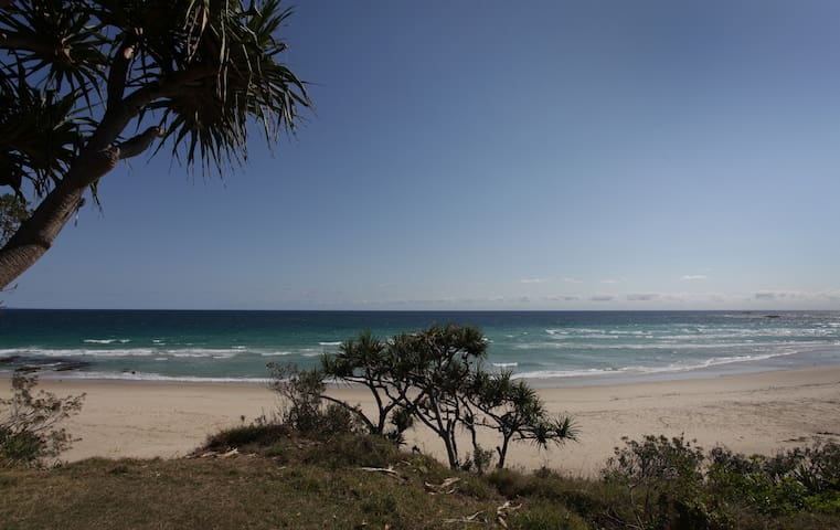 Mintee 3 on Deadmans Beach Front Apartment - Point Lookout - Huoneisto