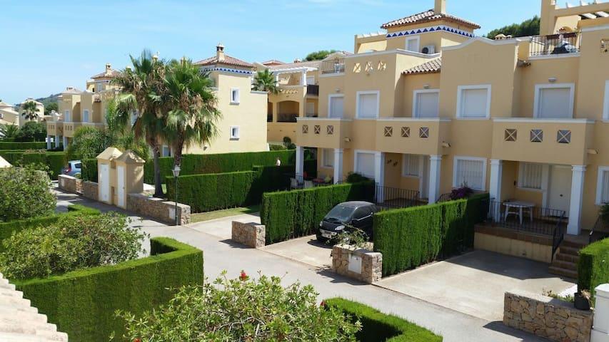 Chalet (house) in Denia, La Sella