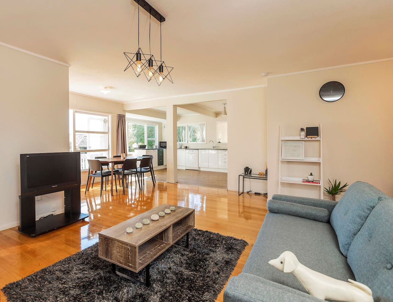 chic getaway hillcrest akl houses for rent in auckland