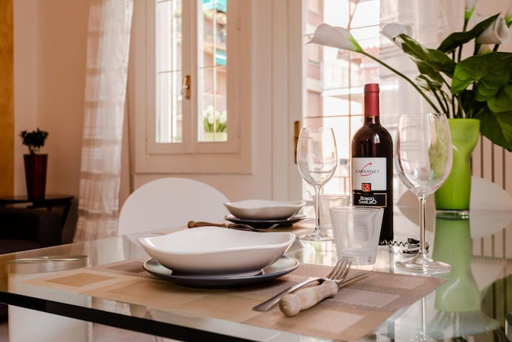 Tavolo da pranzo/dinner table