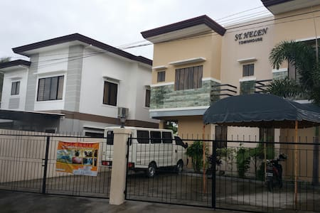 ST. HELEN TOWNSQUARE APARTMENT U1 - Davao City - Apartemen