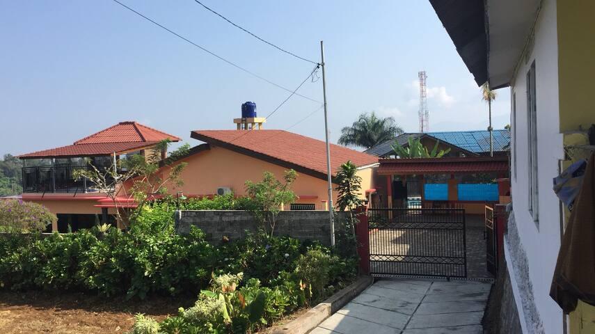Villa eff view pangrango