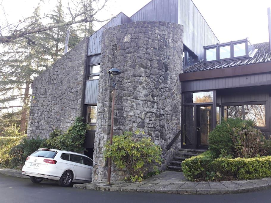 Vista de la entrada de la casa