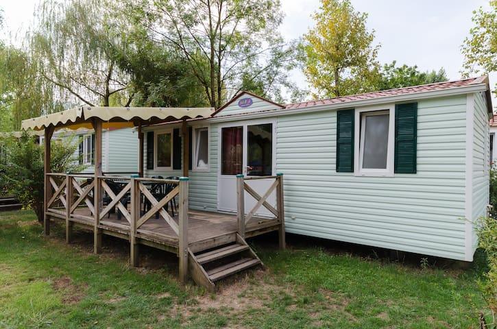 Mobil home 3 chambres top confort - Murs-et-Gélignieux - バンガロー
