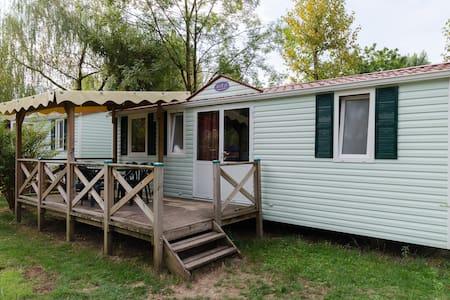 Mobil home 3 chambres top confort - Murs-et-Gélignieux