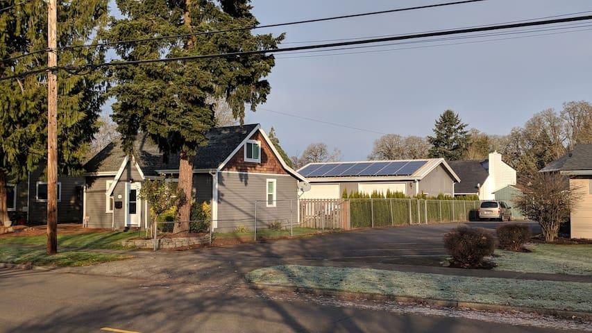Solar Powered Home in Hillsboro