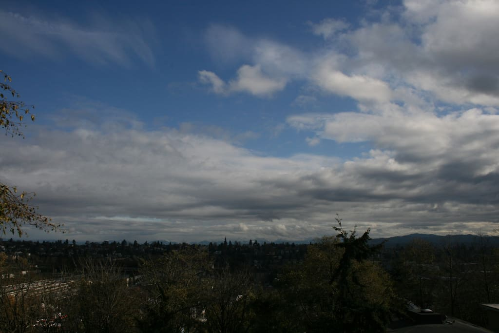 While there are many overcast days in Seattle, when the sun does appear it's beautiful.