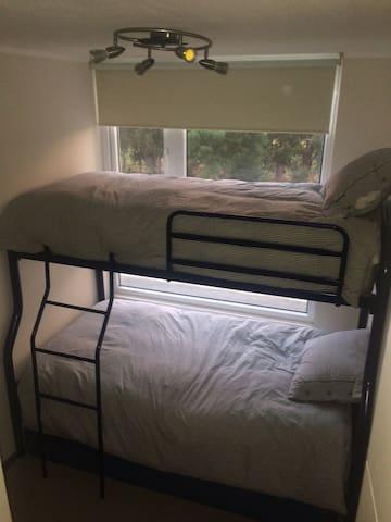 Camarote con 3 camas