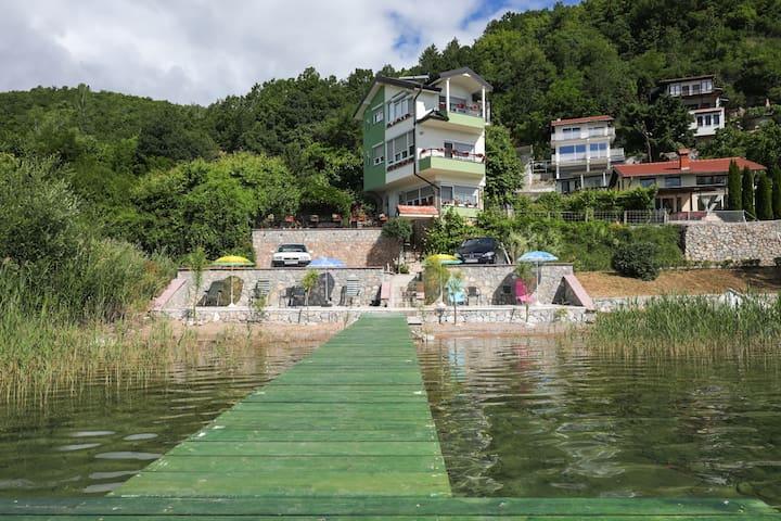 Agape Apartmens Struga