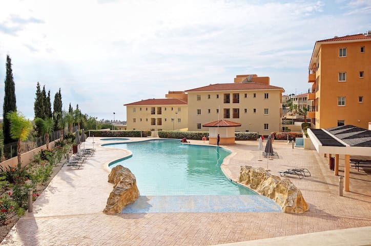 Sandy beach apartment with sea view,pool,B.B.Q&SPA
