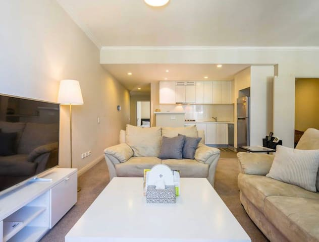 4BED MODERN APARTMENT 4 BIG FAMILY@WENTWORTH POINT