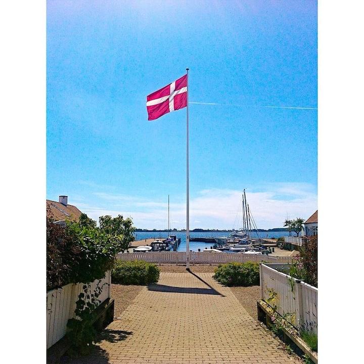 Værelse lige ud til Svendborg Sund og havn