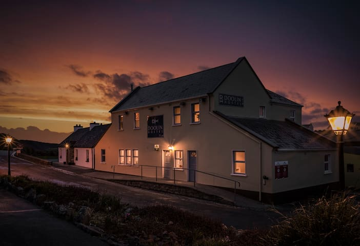 4 Bed Private @ Doolin Hostel