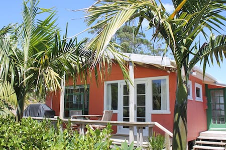 Surf Sounds Cottage - Hot Water Beach - Haus