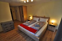 Room 3, perfect double with HUGE shower in en-suite