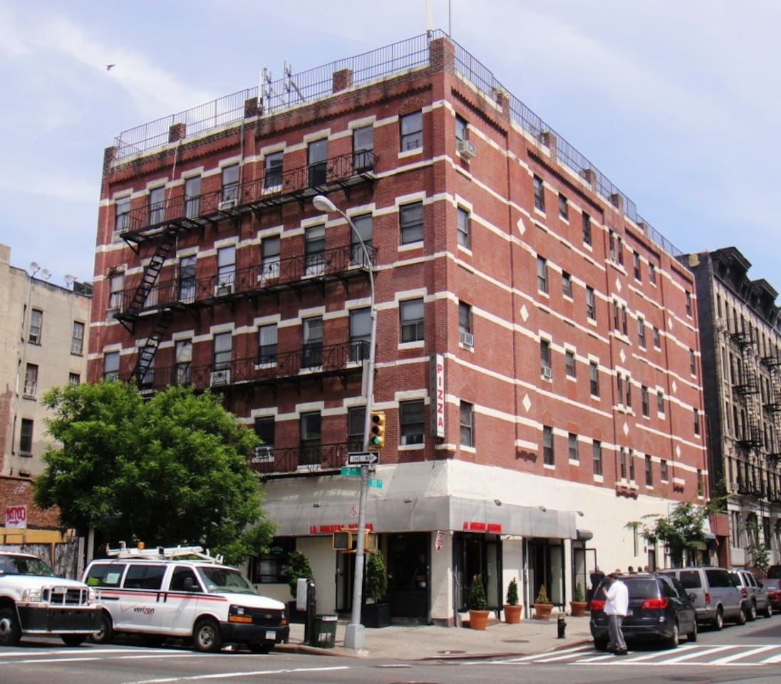 Building is located in a very central area.  Close to bus, train and restaurants.