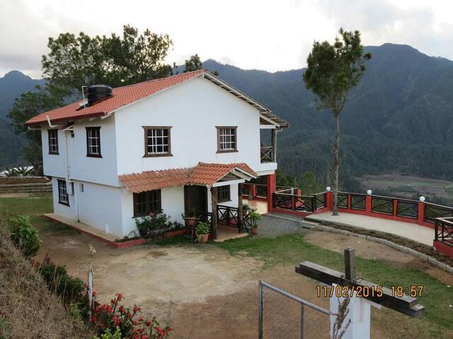 Villa 37 en Constanza en la montaña