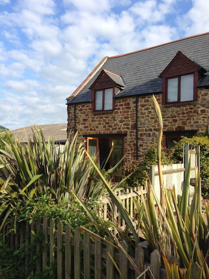Rowan Barn, Jurassic Coastal farm cottage