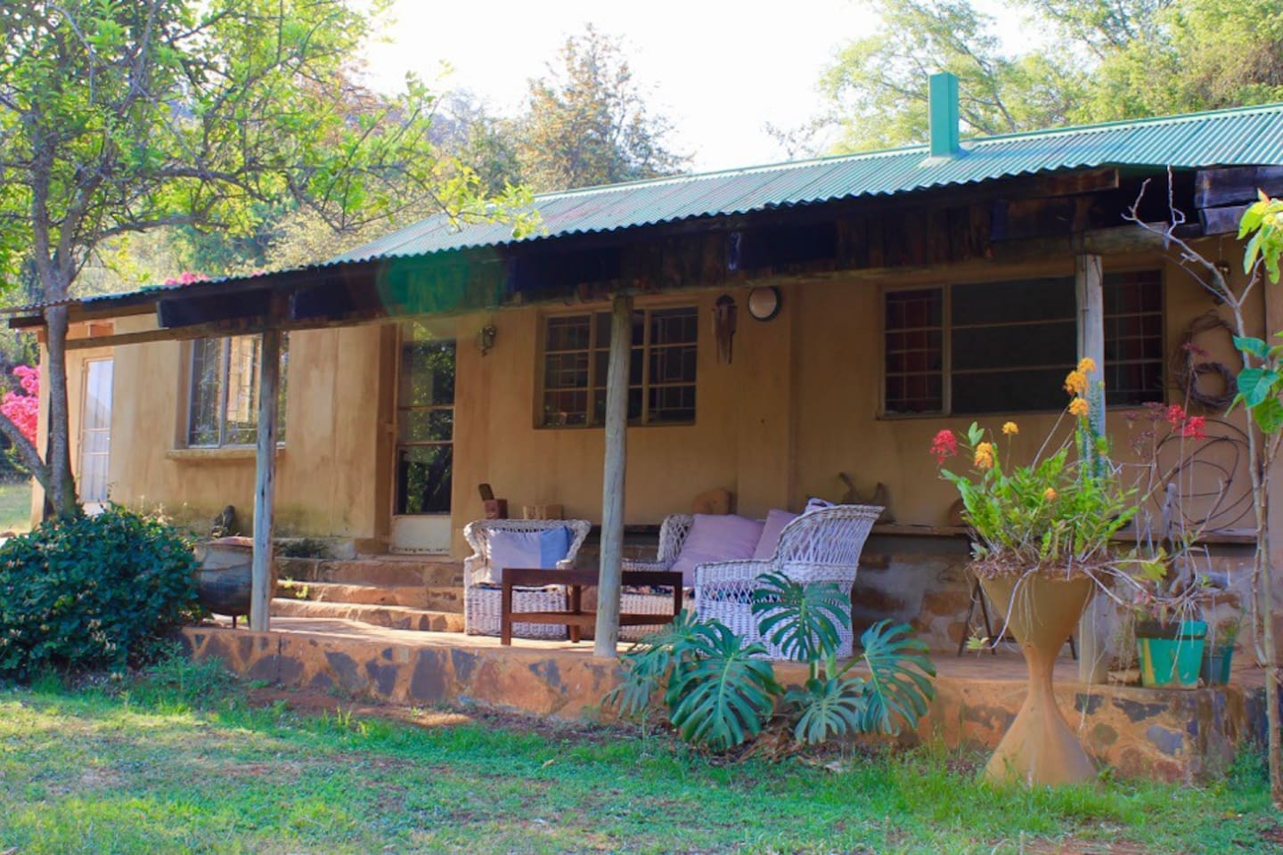 A spacious farm house, near dams and the river with views of the mountains