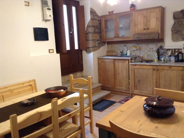 Accogliente mini-appartamento - Montefiascone - Apartament
