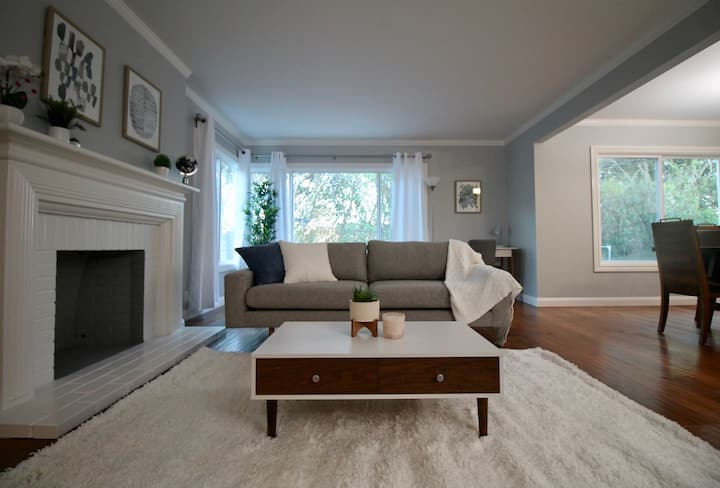 Sleeps 9! Luxury 2BD/2BA w/ Spa Tub, 15 min to SF