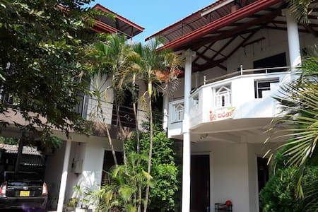 Myr-o Homestay Deluxe Double Room