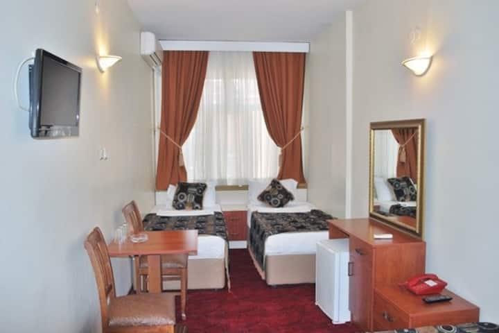 SABENA HOTEL STANDART ROOM