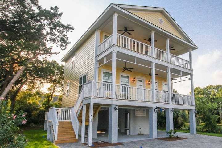 Tybee Tara ~ Off Season Monthly Rental Available!