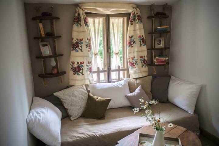 Penteleu Farmhouse in Romania - Varlaam
