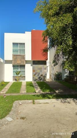PUERTO VALLARTA CASA Frac. Real de Ixtapa