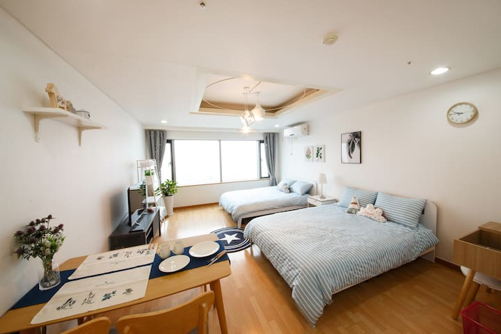 [30sec from Hongdae stn] Cozy Studio P1