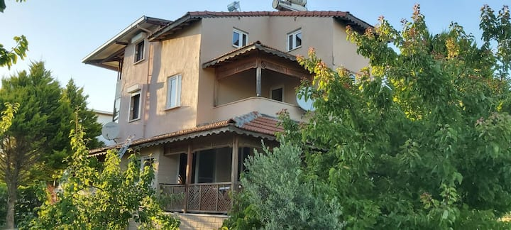 Ayyıldız Tatil köyünde Triplex villa