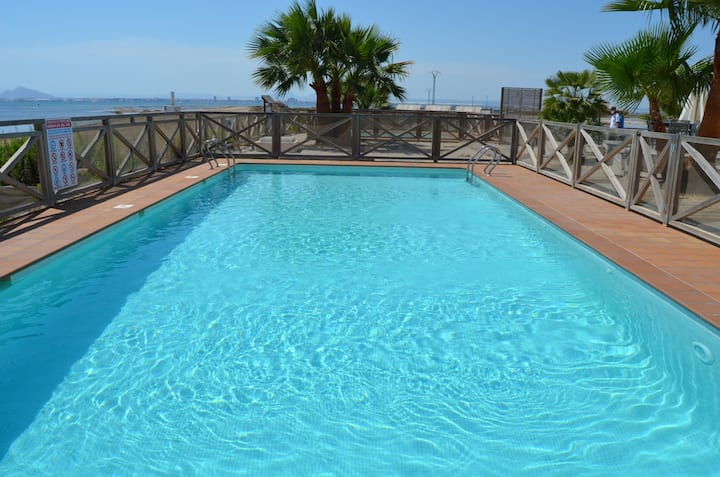 1st floor apartment, sea and pool view, free wifi.