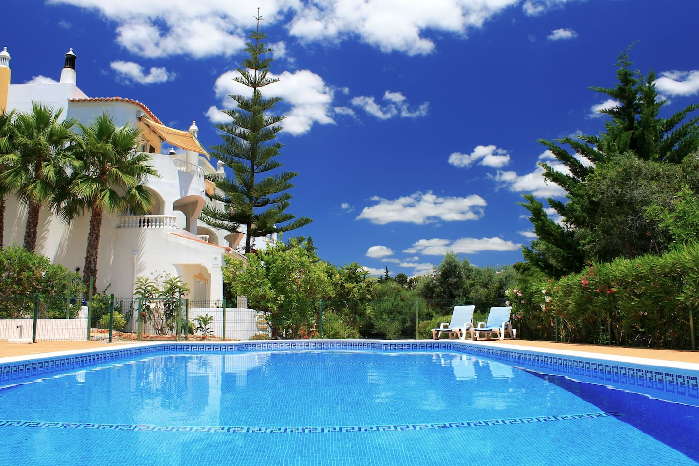 The pool shared with only 9 other apartments and equipped with sun loungers exclusively belonging to the apartment.