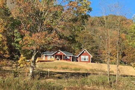 Sweeping Views - House at Big Plumtree Creek