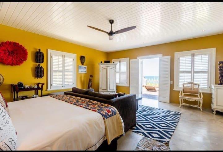Tinley Manor Villa Guest Room
