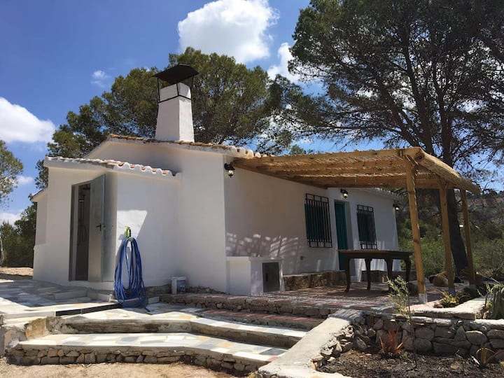 """Casa Rural en plena naturaleza  """"Casita de Abajo"""""""