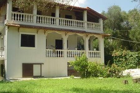 Galini Family House In Olive Garden - Corfu