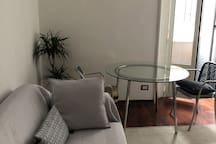 Bright apartment in the heart of Milan
